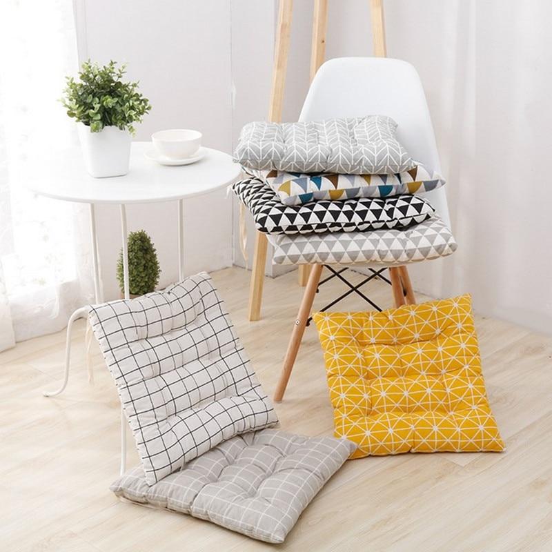 40x40cm Square Shape Seat Cushion Silk Cotton Core Cotton Polyester Tatami Cushion Pillow Home Decoration Car Soft Sofa Cushion
