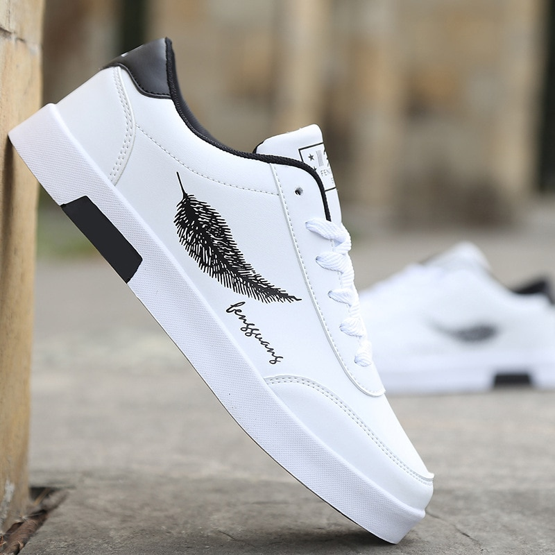 Men's Casual Skateboarding Shoes White Shoes Outdoors Leisure Sneakers Breathable Walking Shoes Flat Shoes Chaussure Homme stylish skateboarding shoes unisex classic white shoes men women leisure waterproof air cushion skateboard shoes flat sneakers