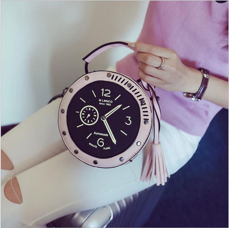 2018 bolso cruzado circular de cuero para mujer, reloj redondo con forma de bolso, relojes de mensajero con borlas, bolso para niñas, 3 colores a la moda