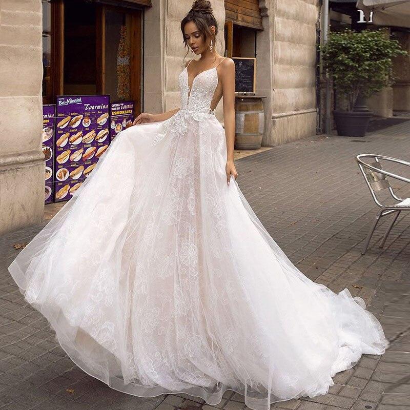 Eightree V-neck Beach Wedding Dress Lace Backless Design Bohemian Sleeveless Aline Bride Dresses 2019 Appliques