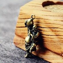 Mini Retro Brass Maitreya Buddha Statue Pocket Hand Toy Car Key Pendant Decorative Keychain Sculpture Home Office Ornament Gift