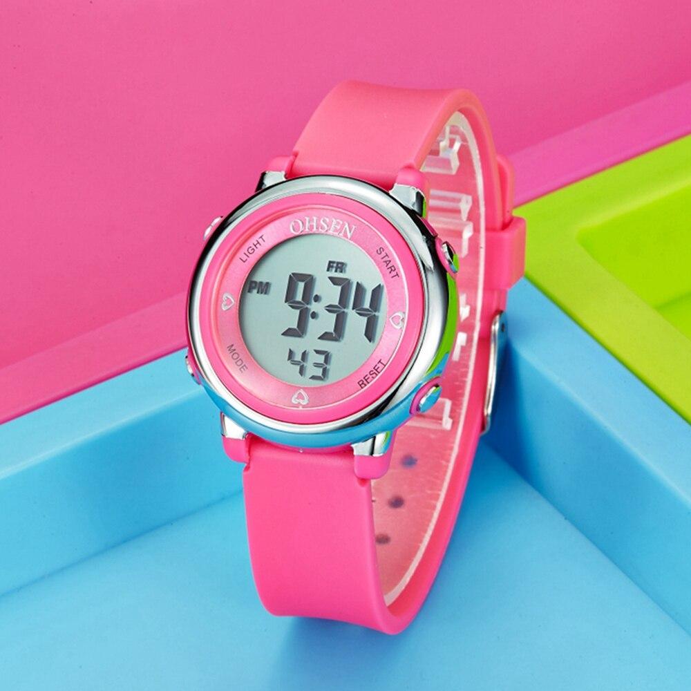 2019 nueva marca OHSEN digital LED de moda de deporte niños dama reloj de pulsera correa de silicona de 50M resistente al agua alarma reloj femenino