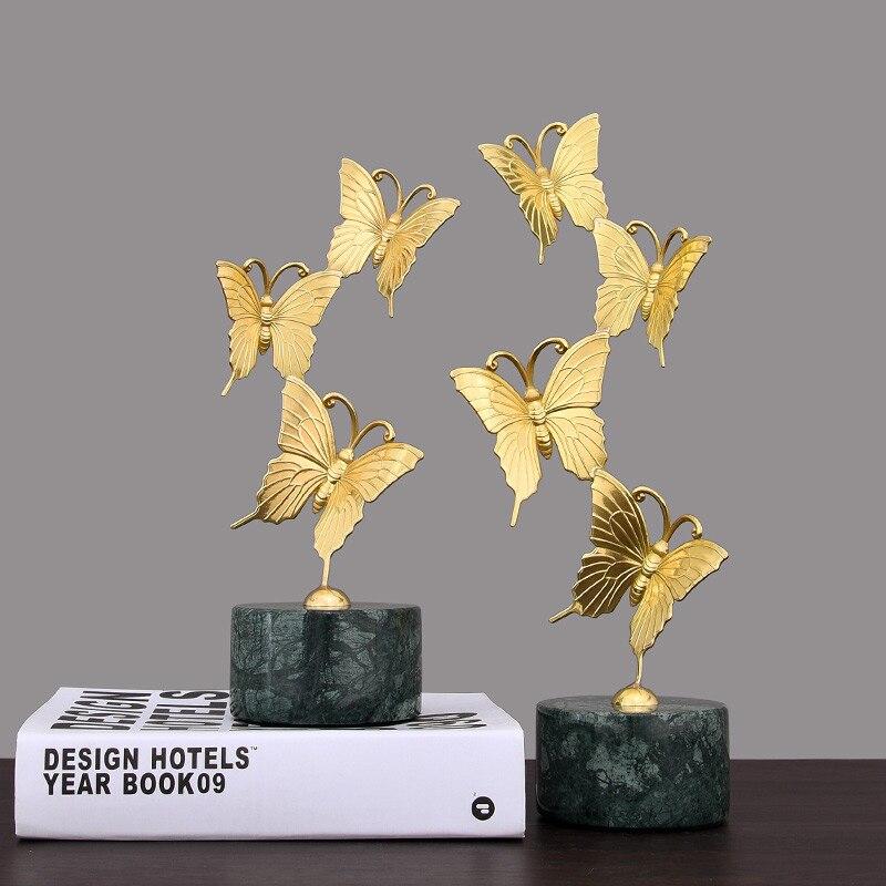 Estatuas modernas para el hogar, accesorios de decoración de esculturas, adornos apilados de mariposas de cobre, decoración con Base de mármol, regalo para el hogar