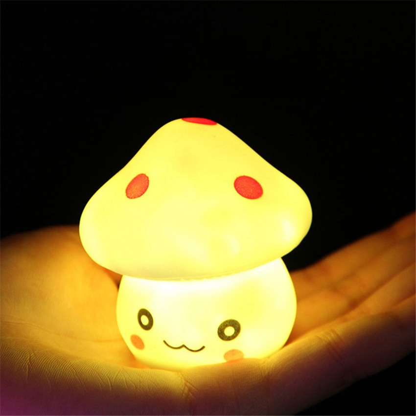Lámpara de mesa de escritorio de dormitorio infantil con luz de noche de hongo LED colorida para bebés niños Navidad vacaciones románticas regalos Linda lámpara