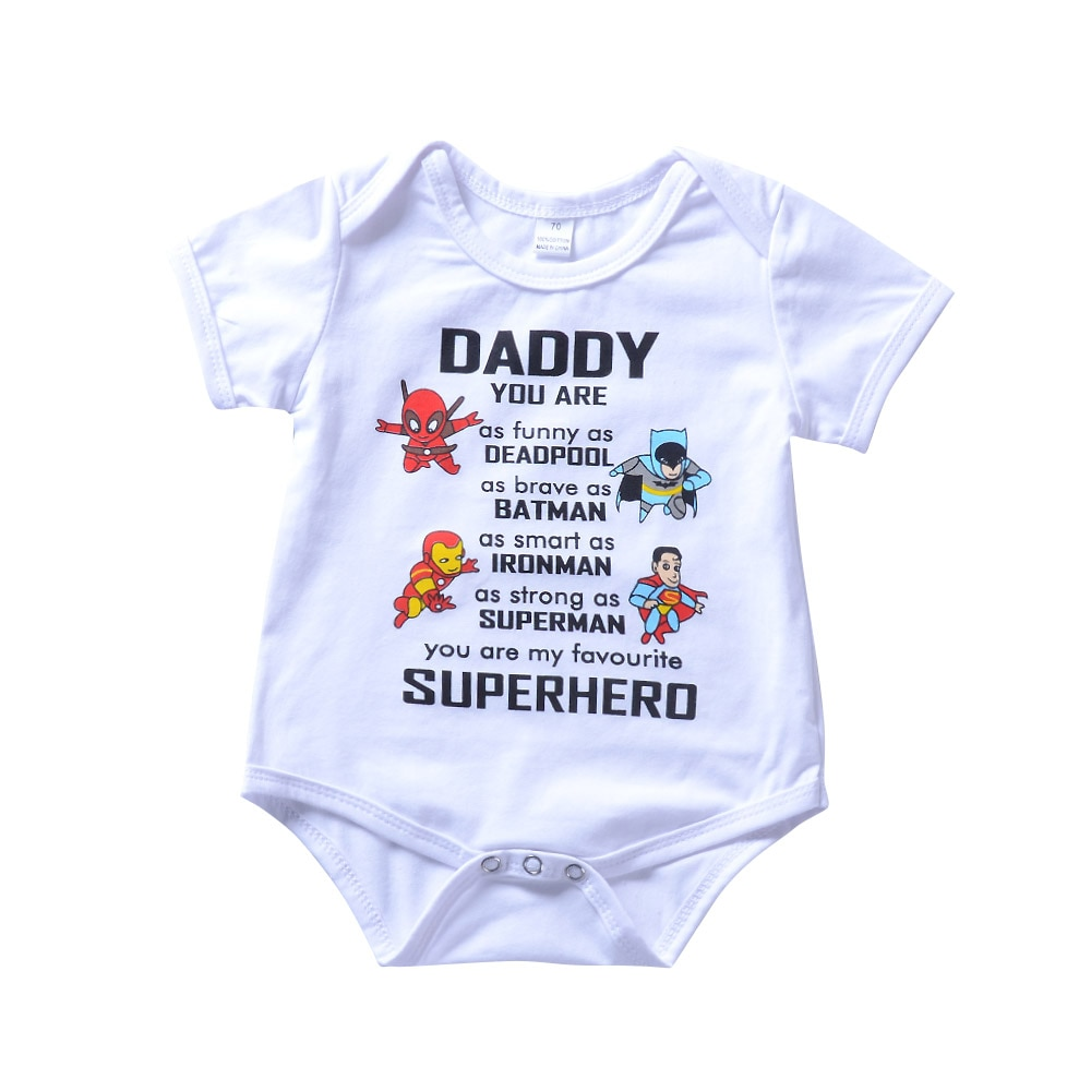 Nette Säuglingsbaby Kleding Papa Meine Super Hero Letter Cartoon Print Weißen Strampler Overall Kinder Kleidung 0-24 Mt sommer