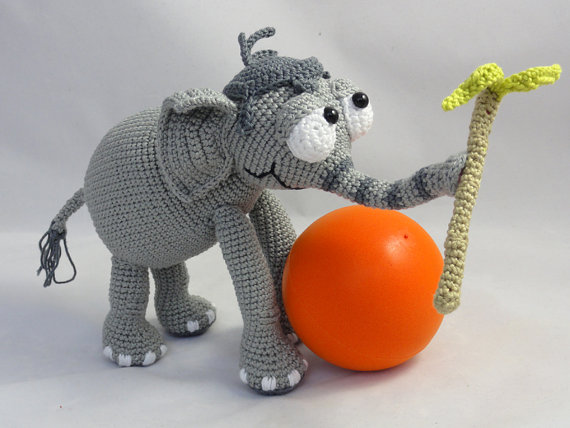 Jamcrochet-Jambo el elefante juguete muñecas sonajero