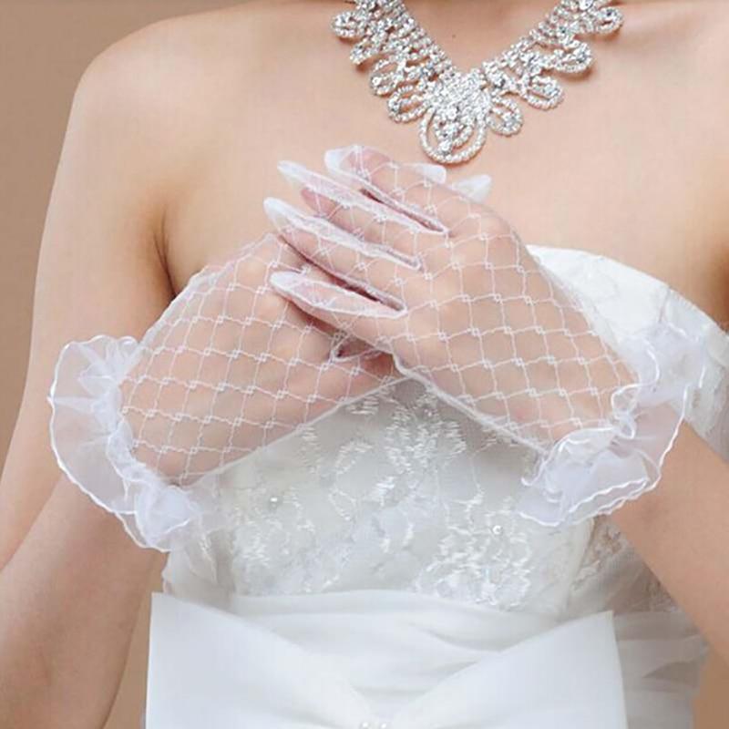 Juodos, raudonos, baltos ir dramblio kaulo spalvos trumpų nėrinių vestuvinės pirštinės vestuvių aksesuarai vakarėlių nėrinių pirštinės