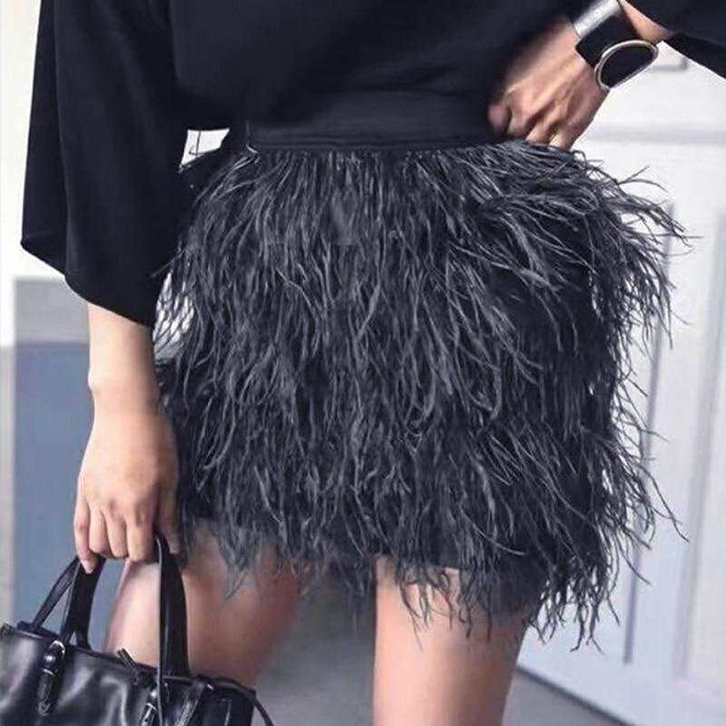2020 Top moda Wome Streatwear estilo Slim cintura elástica Color sólido negro/Verde/Rosa All-match pluma de lujo falda Casual