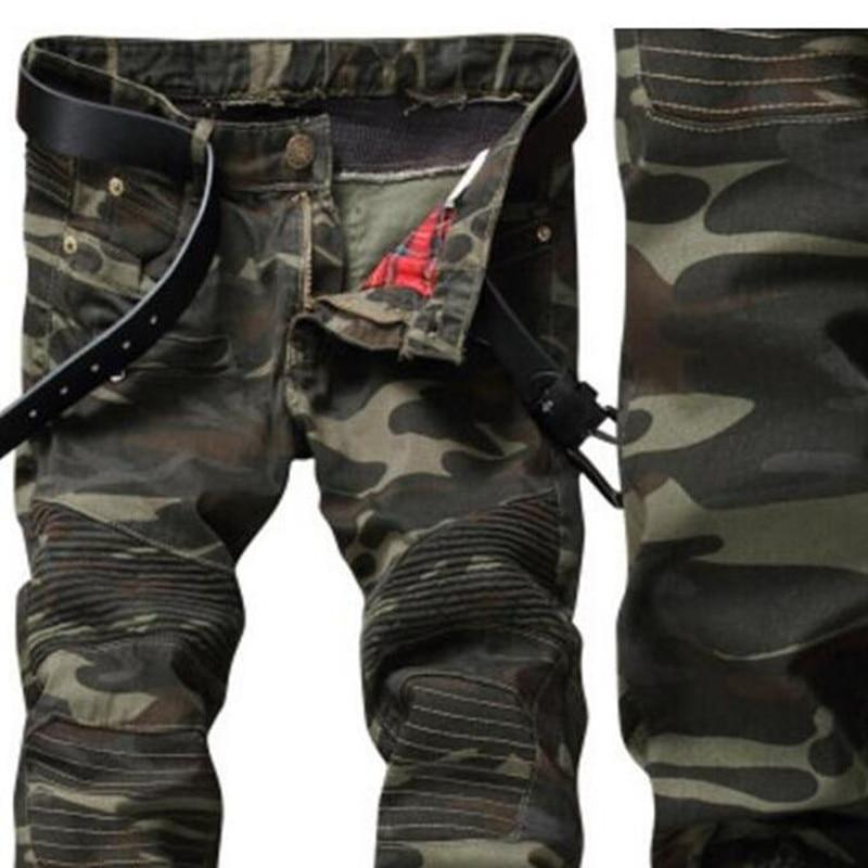 Estilo Europeo 2018 de los hombres de los pantalones vaqueros pantalones de mezclilla jeans verde militar de camuflaje Pantalones rectos Slim jeans cremalleras Biker Jeans hombres