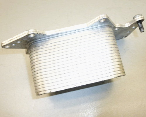 Partes OE No 059117 021 K para CAYENNE Audi A4 8K A6 4F Q5 Q7 Motor de aceite de aluminio refrigerador 059 117 021 K OEM 059117021K