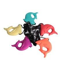 Dla dziecka do karmienia biżuteria dla mamy Food Grade silikonowe naszyjnik w kształcie kła miękki rekin naszyjnik zabawki do żucia 59.5*73.5*18mm SL0057