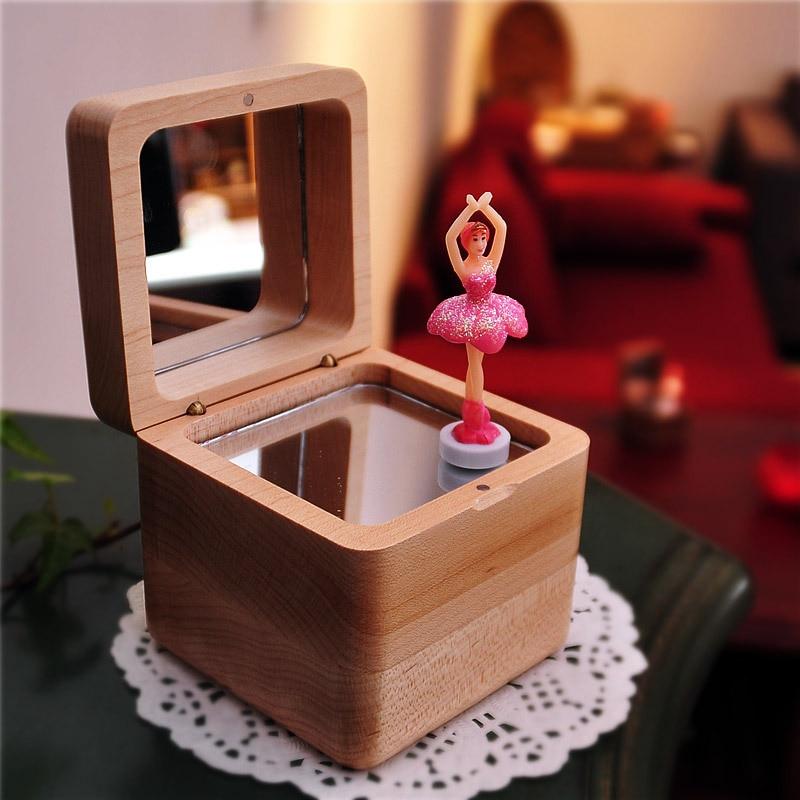 Балерина деревянная музыкальная шкатулка замок в небе с днем рождения музыкальные коробки механизм подарки для девушки ребенка Рождествен...
