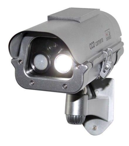 Cámara ficticia falsa de seguridad CCTV con energía Solar con luces Flash + Sensor humano