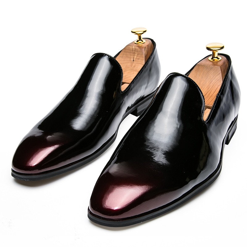 Top Luxury Patent Leather Men Party Loafer Shoes Pointed Toe Retro Hit Color Moccasins Slip On Flat