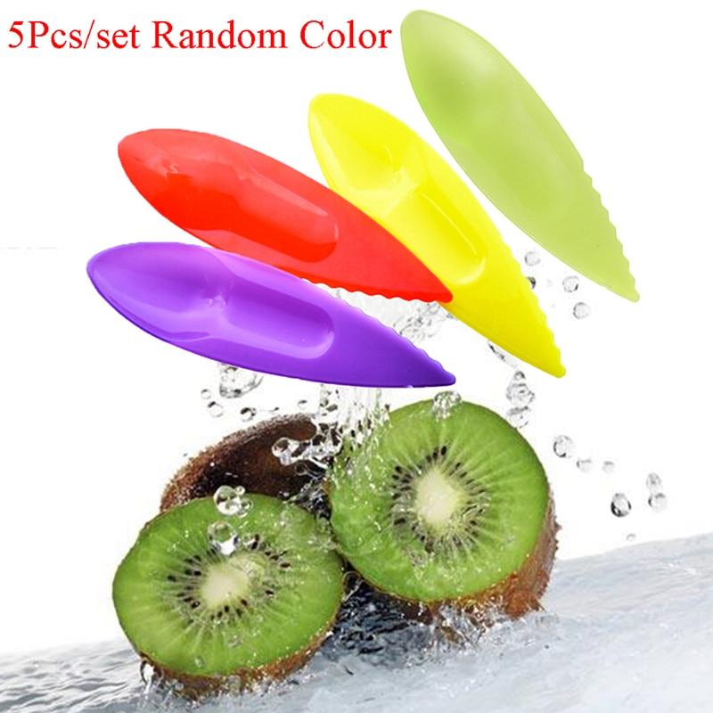 5 uds, cuchara de plástico para Kiwi, cuchara para excavar Kiwi, peladores, cortador de verduras, cuchillo de fruta, rebanador, pelador, herramientas de cocina, Color caramelo
