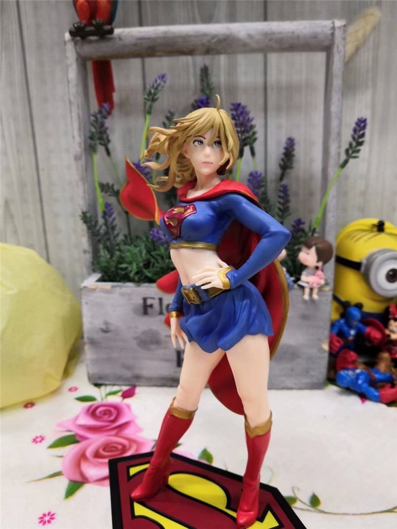 Superman-figura de acción de DC, Supergirl, Superman, Liga de la justicia, muñeca coleccionable en miniatura, juguetes para niños de 21CM