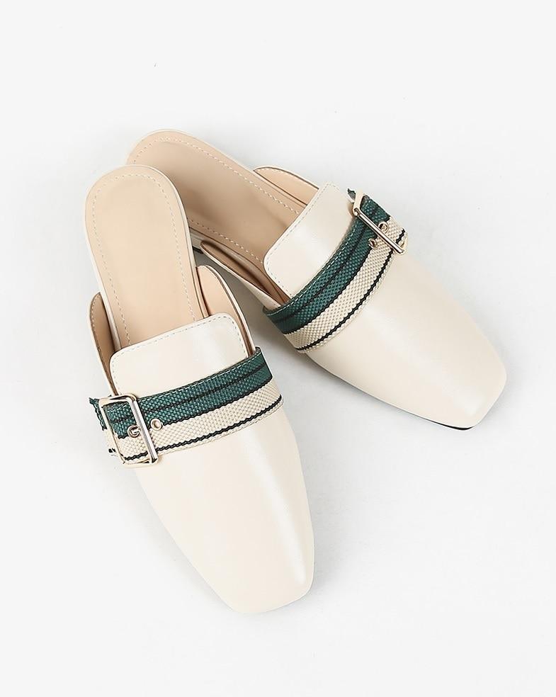 Nuevas sandalias Baotou para mujer usan verano 100-Conjunto de zapatillas de pesca de punta plana de moda sin tacones y perezosos zapatillas