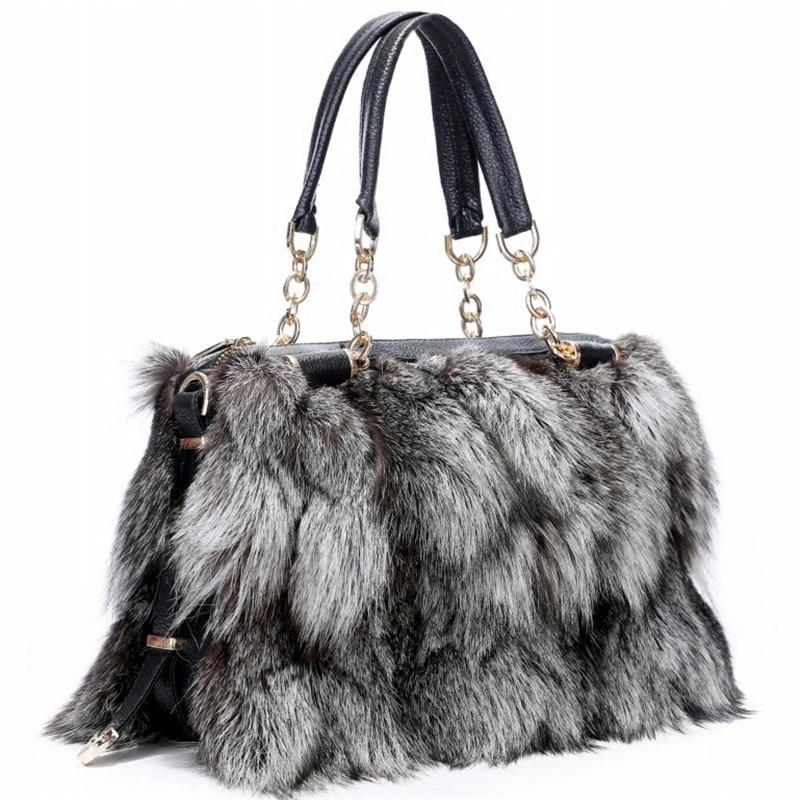 2019 Winter Fashion New Fox Fur Bag High Quality Soft Plush Designer Bag Lady Out Bag Is Both Stylish And Generous.