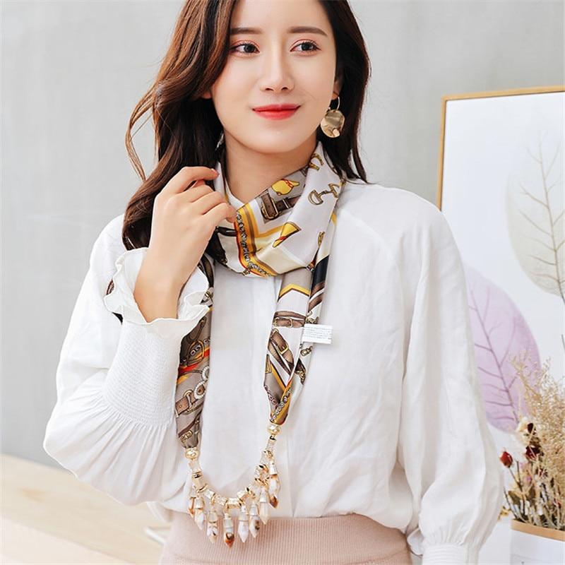 RUNMEIFA 2019 nueva moda W colgantes collares bisutería de satén bufanda aleación acrílico collar mujer accesorios envío gratis