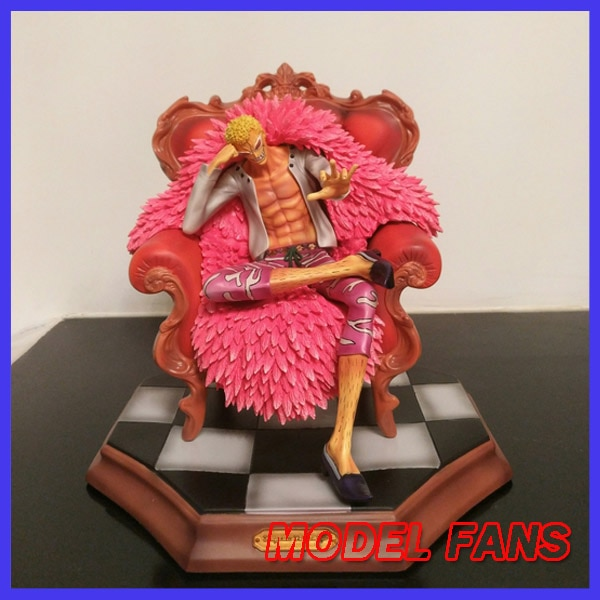 Modelo de FANS en stock una pieza 25cm versión barata Donquixote Doflamingo posición sentado gk figura de juguete de resina para colección