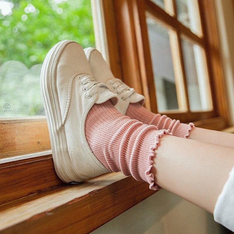 Jeseca, gran oferta, calcetines para mujer, calcetines japoneses Kawaii con volantes para niñas, calcetines bonitos femeninos Harajuku Vintage Streerwear, calcetines de tripulación para Navidad