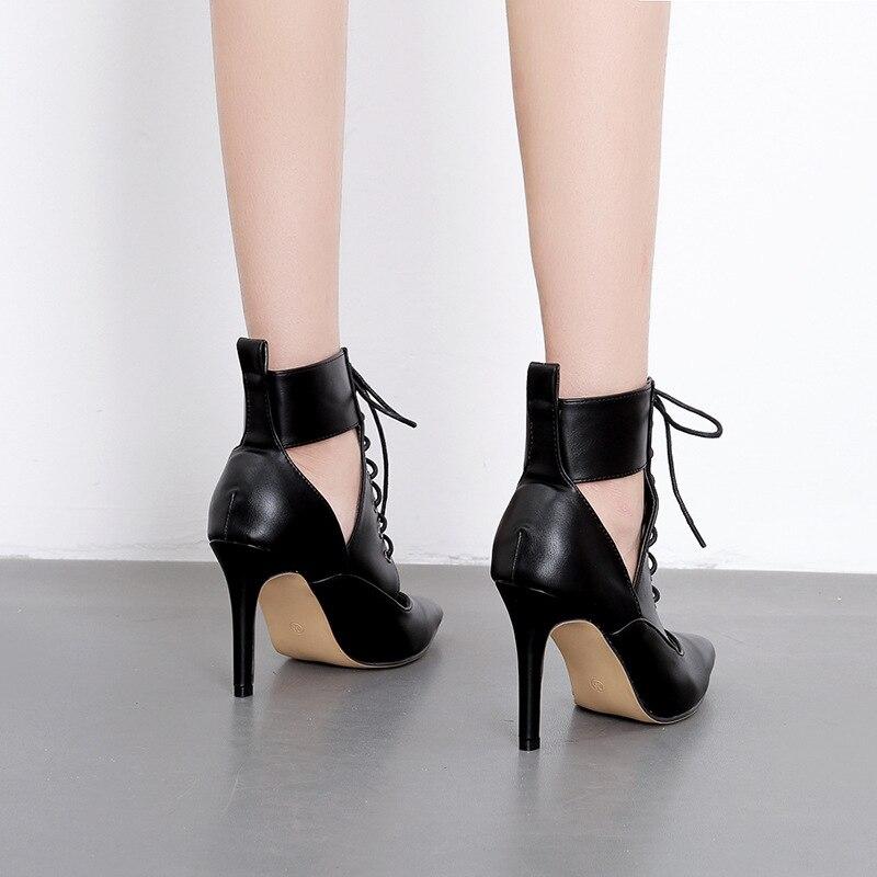 2019 nuevo hueco botas de mujer de Europa y América 40 de gran tamaño de aguja tacón alto de moda botas Martin rebeldes de las mujeres zapatos de