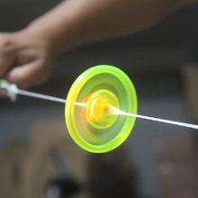 Kabel Flash Schwungrad Gyro Licht UFO Kinder der Nacht Fitness Licht led spielzeug glow in the dark untertasse fliegen kid haloween geschenk