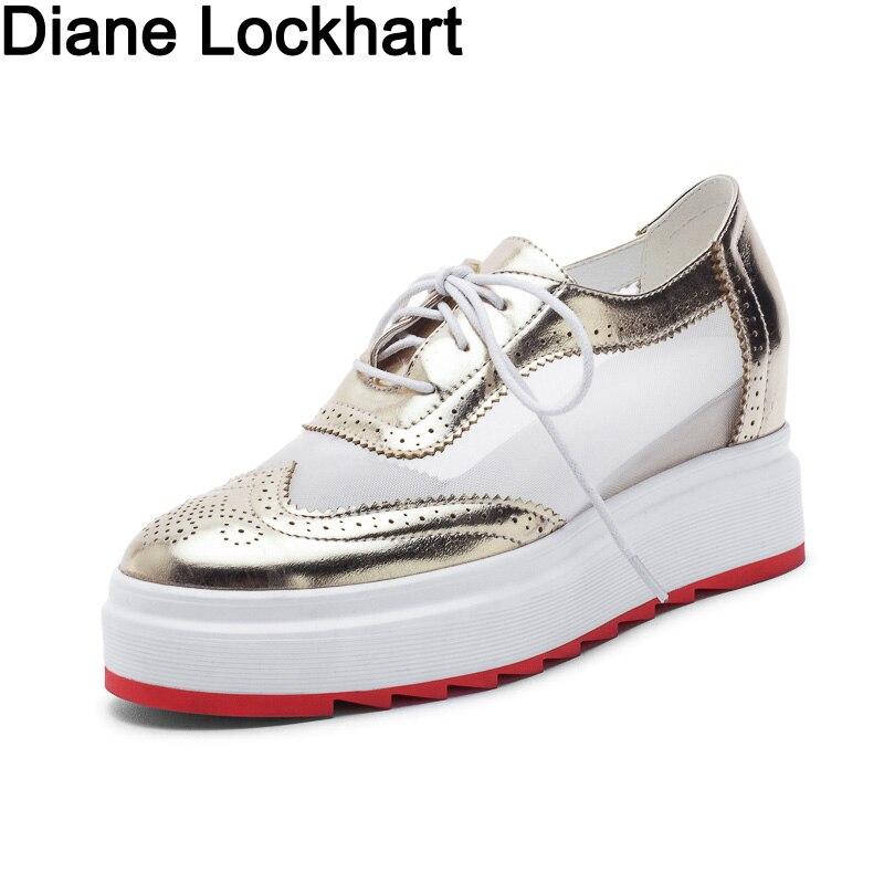 Neue Frauen Winged Oxford Lace Up Atmungsaktive Plattform Metallic Silber Goldene Mode Vintage Plattform Bullock Flache Weibliche Schuhe