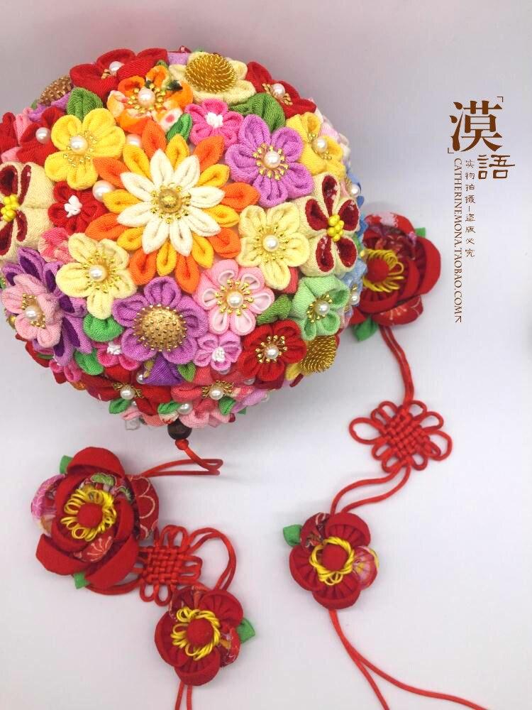 اليد التي قدمت الأقمشة منزل جديد الزفاف كرة زهرية قوس الديكور المنزل قلادة كرات لوازم الزفاف