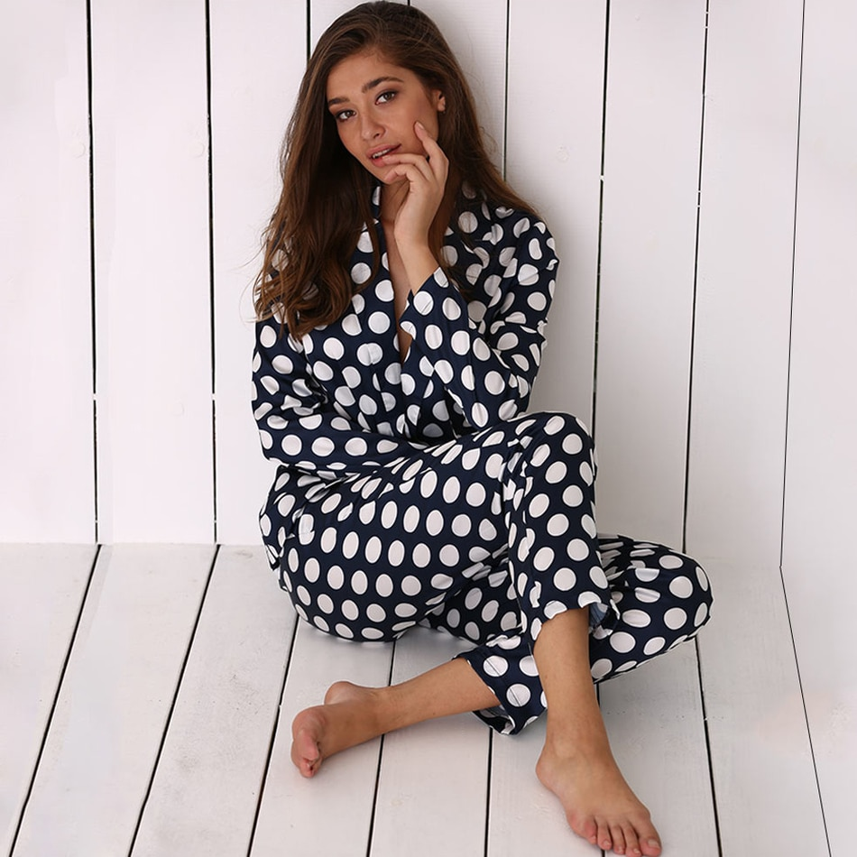 Otoño primavera mujer pijama conjunto de manga larga ropa de dormir Lounge Wear Polka Dot seda suave hogar ropa de dormir camisa pantalón conjunto