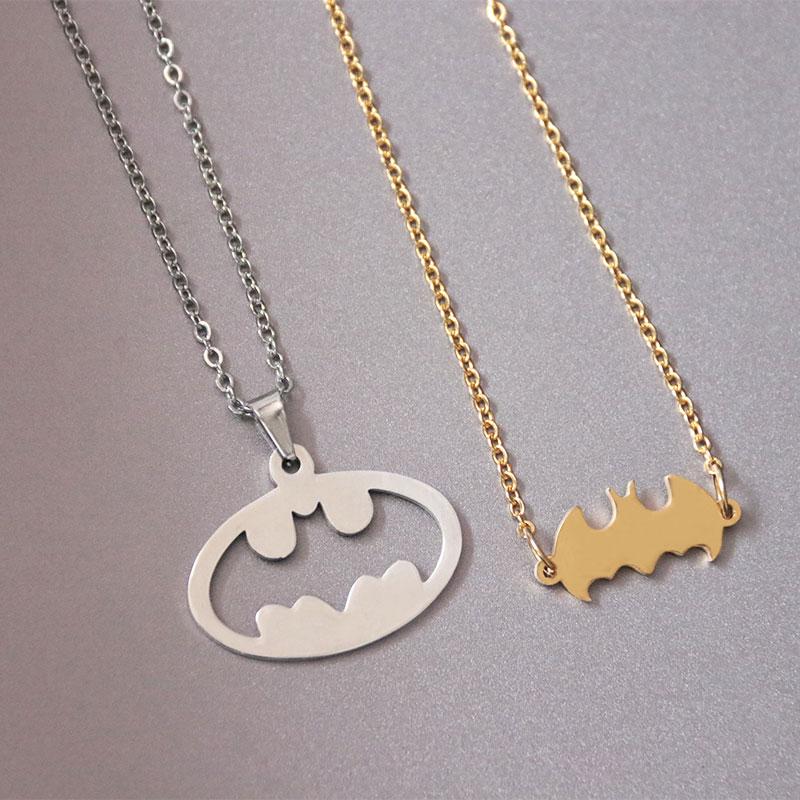 1 pc creux chauve-souris solide Batman en acier inoxydable collier Couples famille pendentifs colliers femmes enfants amour mode bijoux commémoratifs