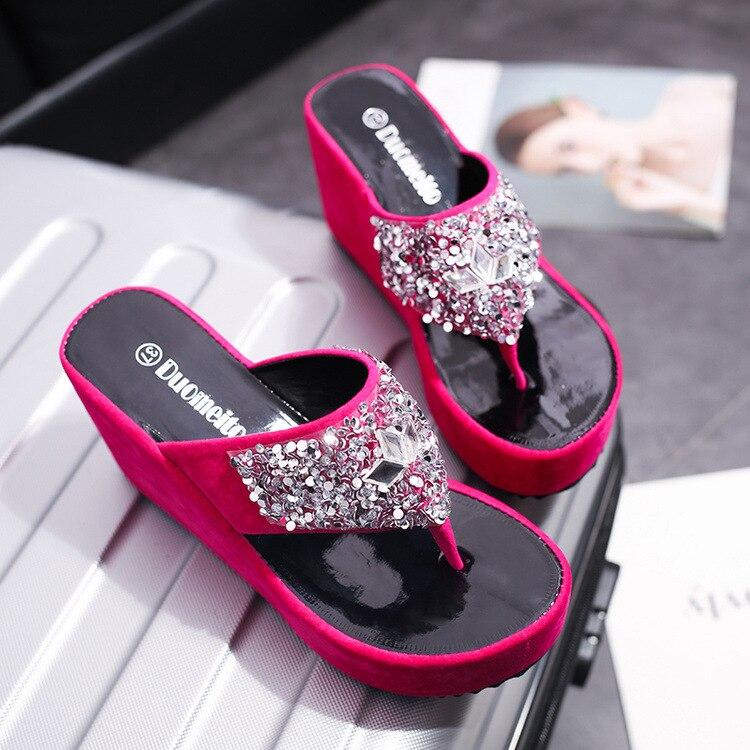 Zapatillas plataforma Glitter Slides zapatos de mujer 2019 en una cuña señoras chanclas jalea nuevas cuñas de verano hawaianas de cristal