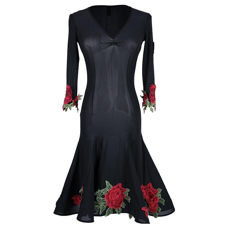 Vestido de baile latino para adultos negro bordado de flores rojas mujeres vestidos de competición de baile latino Chacha Salsa Performance Wear DNV11165