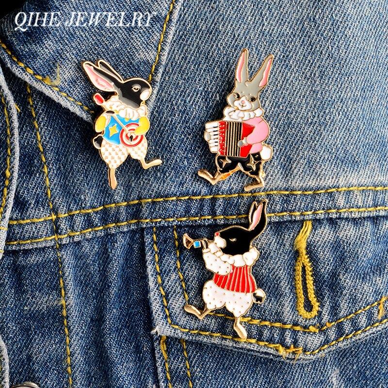 Qihe jóias 3 pçs/set duro esmalte pino conjunto músico coelho pino do coelho do vintage broche coelho pinos coelho jóias presentes bonitos