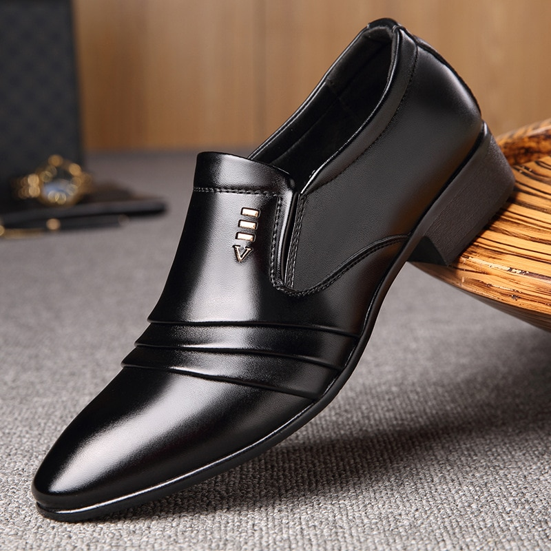 PU-أحذية فاخرة لرجال الأعمال والمناسبات الرسمية, جلدية ، سوداء مدببة ، جيدة التهوية