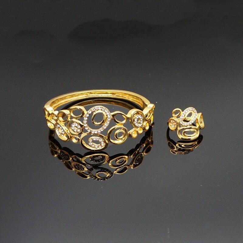 Pulseras huecas de flores de lujo, pulseras de color dorado de Dubai, brazaletes en joyería para mujer, moda femenina 2018