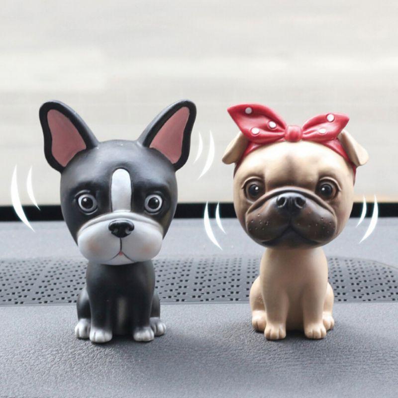Adornos de cabeza temblorosa para perros figuras de muñeca de PVC decoración Kawaii accesorios de juguete para salpicadero Interior de automóviles