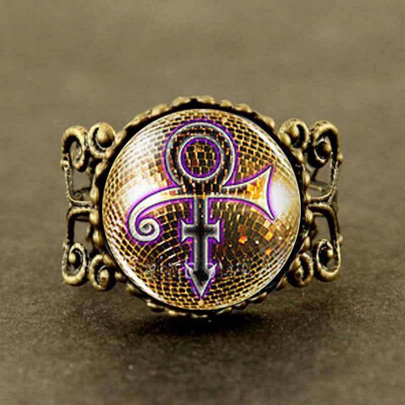 Prince RIP signo de oro símbolo camisa Poster Logo para hombres vintage anillo de lluvia joyería Steampunk regalo
