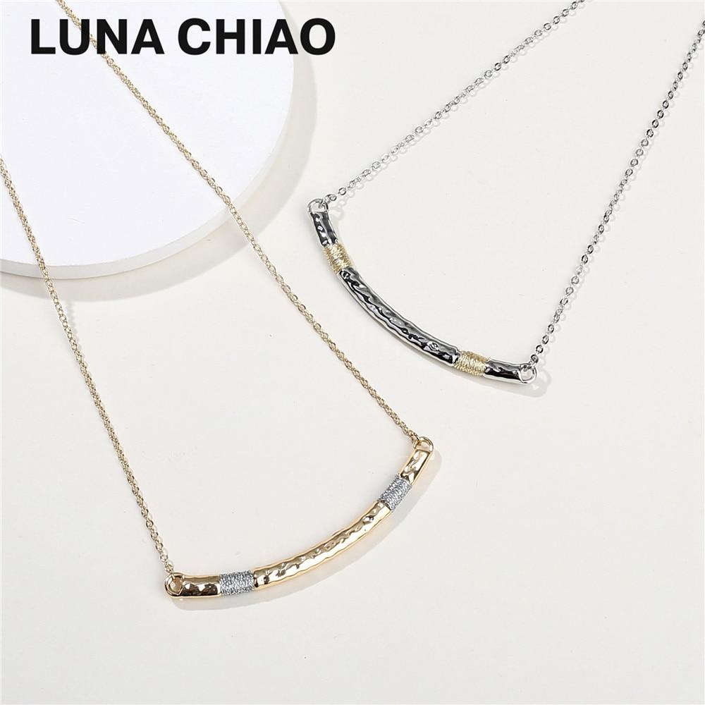 Dainty Short Chain Zinc Alloy Hammered Metal Bar Pendant Necklace