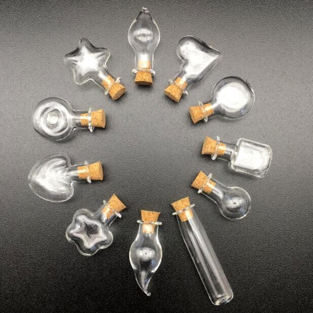 Fornecimento da fábrica 1 peças desejo mini garrafa de vidro pingente de jóias com cortiça perfume frasco de óleo essencial garrafa de cortiça encantos descobertas