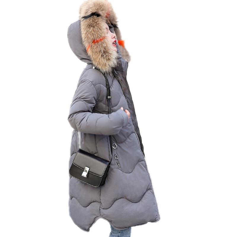 Talla grande 3XL 2018 elegante A-Line invierno mujer Parkas con capucha colorido Cuello de piel Chaqueta de algodón Mujer abrigo de invierno MujerQ523