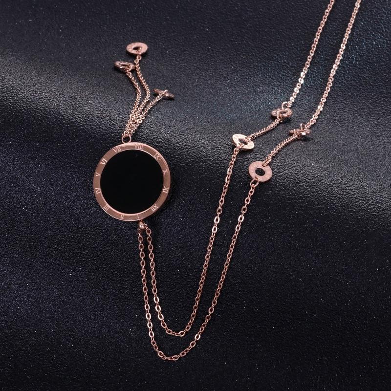 Negro/Blanco de doble cara colgante collar de acero inoxidable larga borla collares y accesorios para mujeres números romanos joyería