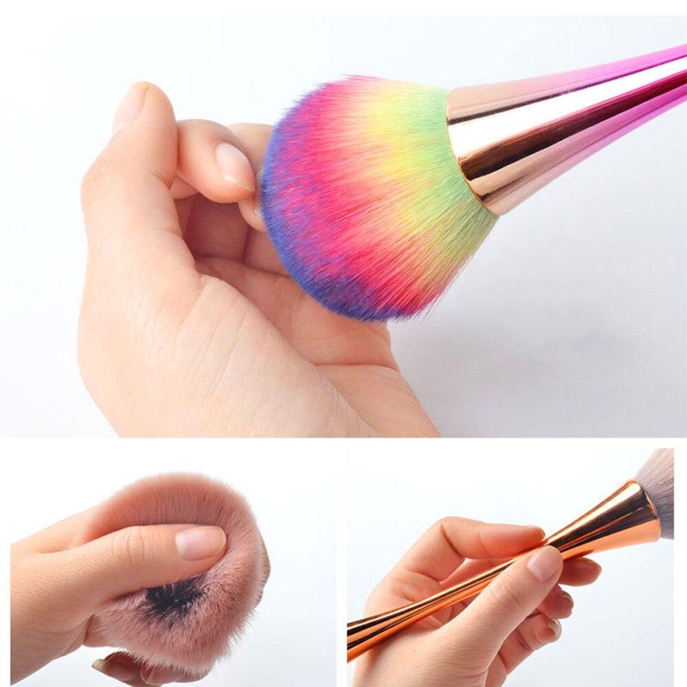 Nuevo colorido uñas cepillo para limpiar el polvo de aluminio cabeza suave acrílico sencillo y Gel UV de manicura polvo limpiador removedor de cepillo de herramienta de la manicura
