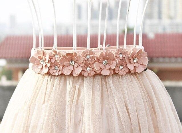 Lady's Fashion Rhinestone Wide Elastic Waistband Flowers Sweet Thin Belt Girdle The Narrow Skirt Accessories Women Belts Yd064