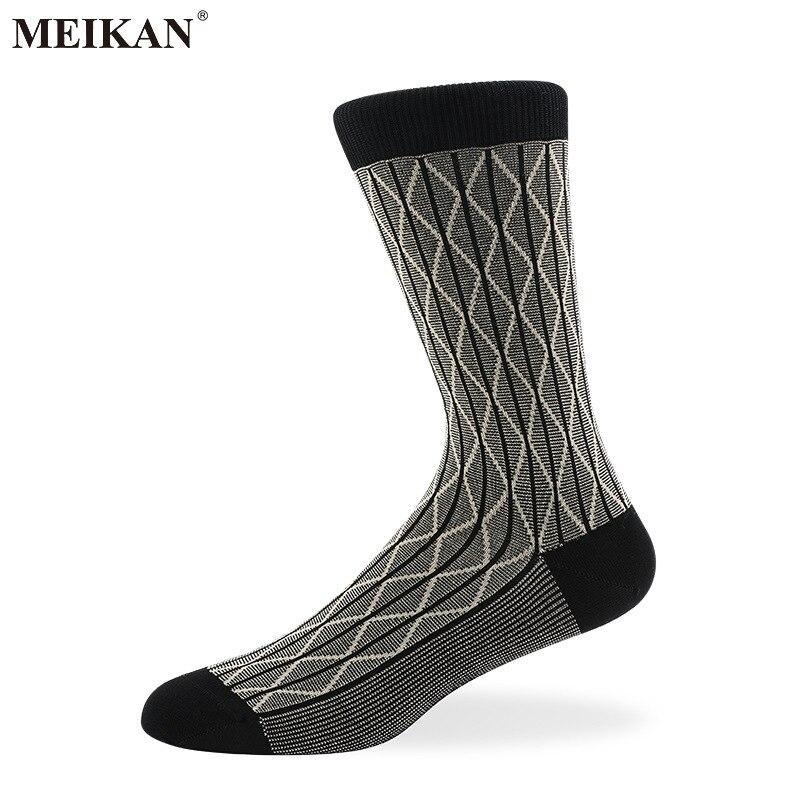 MKS2017004 MEIKANG العلامة التجارية عالية الجودة الرجال اللباس الجوارب رقيقة ميرسيريزيد القطن تنفس الأعمال جوارب قطنية ل أحذية جلدية