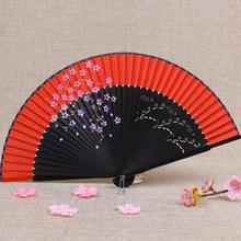 Kostenloser Versand 1 stücke Vintage Chinesischen Spun Seide Blume Druck Hand Fan Folding Hohl Geschnitzte Hand Fan Event & Party liefert