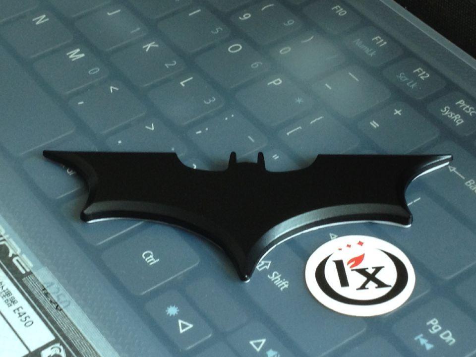 Alta qualidade novo estilo do carro auto emblema do carro 3d metal cromado preto ou prata batman logotipo adesivo, frete grátis