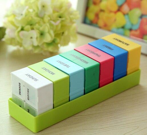Nueva caja organizadora de pastillas para tableta de gran capacidad semanal de 7 días caja de pastillas portátil desmontable colores vivos para almacenamiento de medicinas para viaje