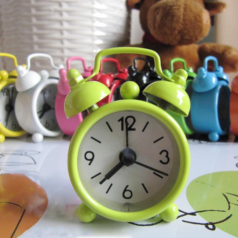 Mini reloj despertador Retro portátil de dibujos animados con doble campana para escritorio reloj digital de mesa decoración del hogar