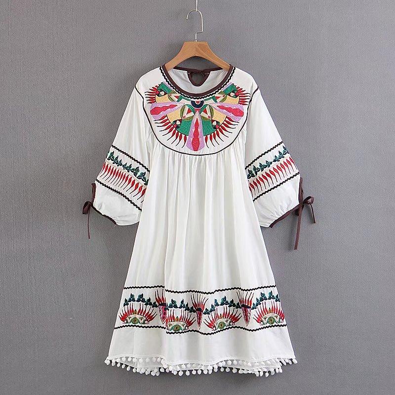 cotton embroidery dress O-neck
